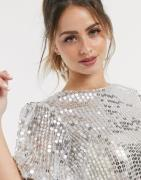 ASOS DESIGN - Sølvfarvet t-shirt med pufærmer og pailletter